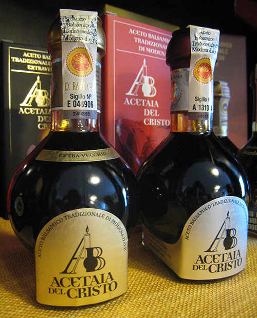 Balsamic vinegar has been known by the European aristocracy since the Middle Ages and enjoyed extraordinary popularity during the Renaissance.